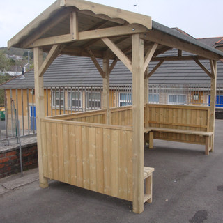 Outdoor-Wooden-Smoking-Shelter-Manufactu