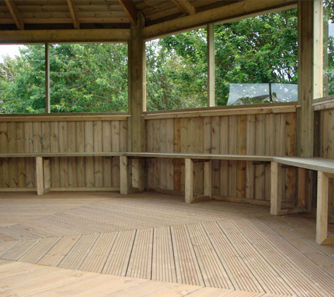 OUTDOOR TEACHING ROOMS