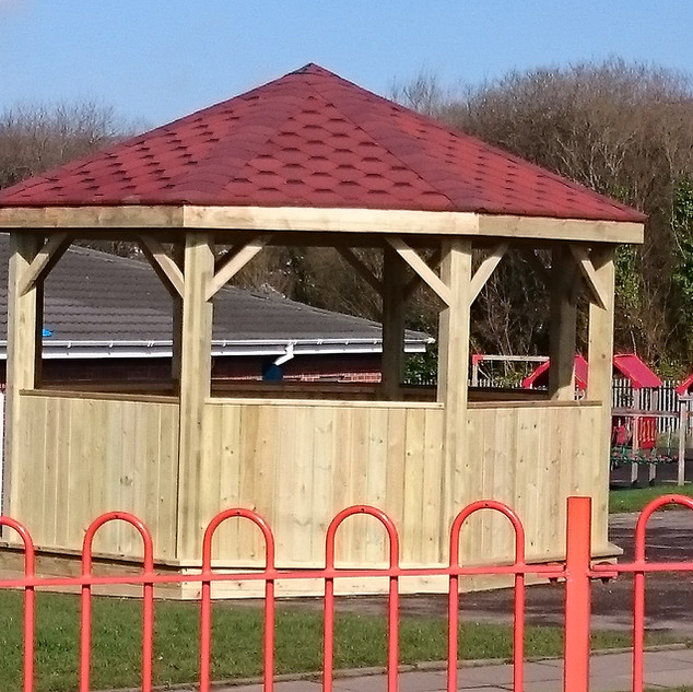 Outdoor-Wooden-Structures-for-Schools.JP