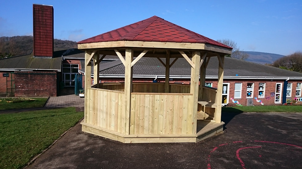 Octagonal Outdoor Classroom | Outdoor Teaching Room