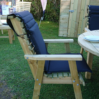 Cushions-for-high-back-roll-top-garden-c