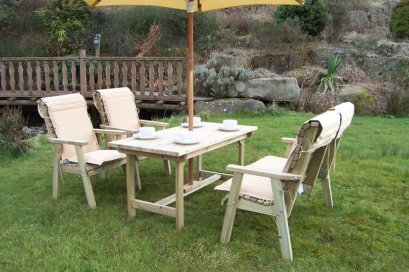 Small Country Table Dining Set | Outdoor Dining Tables
