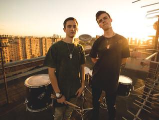 Шоу барабанщиков Rooftop.