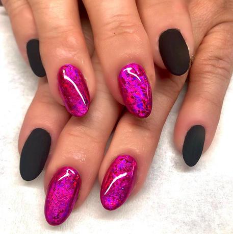 Matilda foil & velvet top coat nails