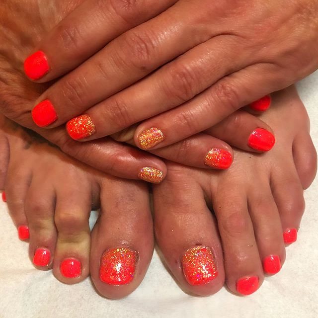 Gel Polish Fingers and Toes