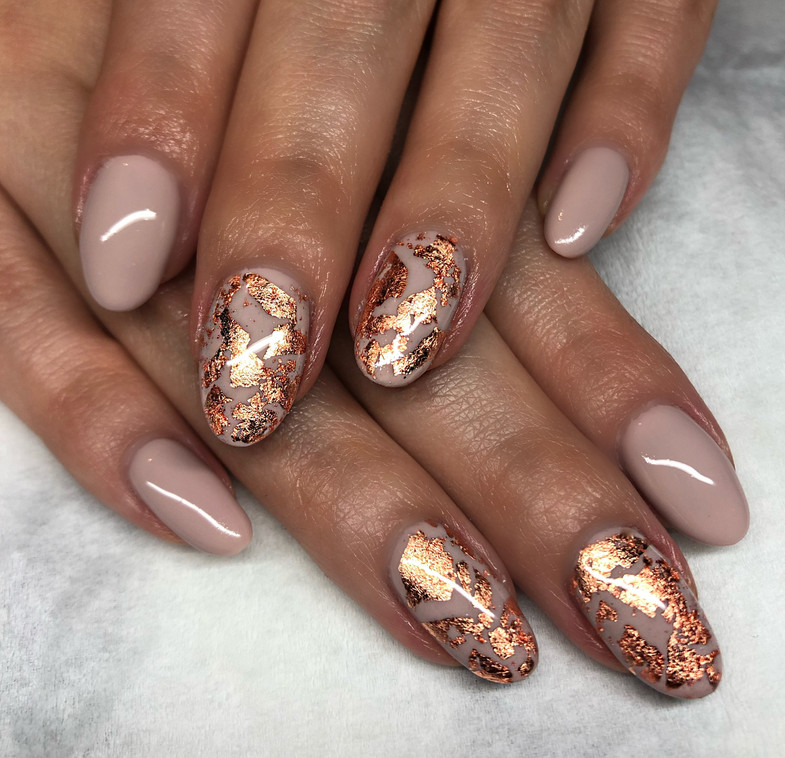 Nude and Copper Leaf Nails_edited.jpg