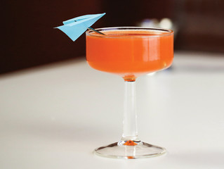 7 RIDICULOUSLY EASY COCKTAILS THAT BARELY REQUIRE MEASUREMENTS