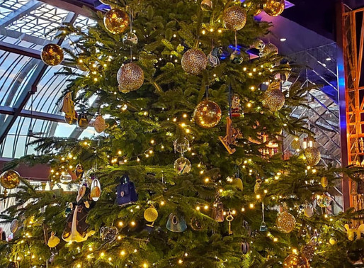 """""""The World's Most Expensive Christmas Tree"""" at Kempinski Hotel Bahia in Spain is worth $15 Million"""