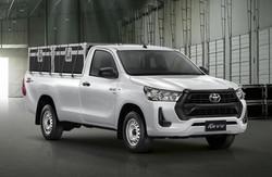 Toyota-Hilux-2021-cabina-simple-adelante