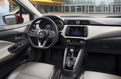 Nissan-Versa-2020-Interior