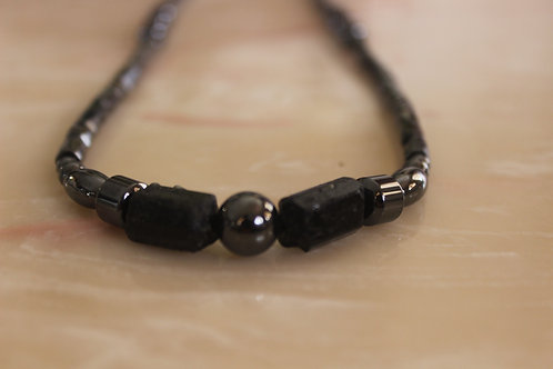 MAGNETIC TOURMALINE NECKLACE