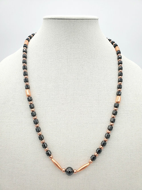 QUEENS TOUCH NECKLACE