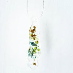 🍃🌼 #pressedbyag #handmadejewelry #resi