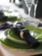 フォリッジグリーンのテーブルコーディネート