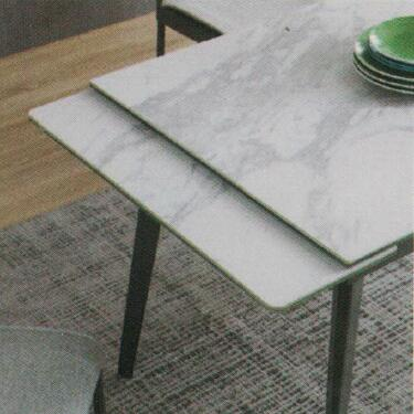 Dining Table DT-1022-TR 爵士白陶瓷玻璃 D2