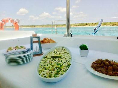 Sailing & Dining, Calypso Charters