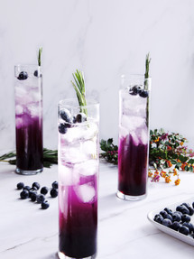 Blueberry fizz  Catching PeBlueberry fizz | Catching Peelings Photography