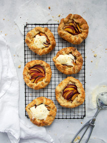 Galettes | Catching Peelings Photography