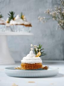 Cupcake |  Catching Peelings Photography