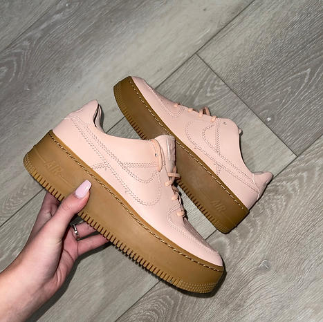 AIR FORCE 1 SAGE WASHED CORAL