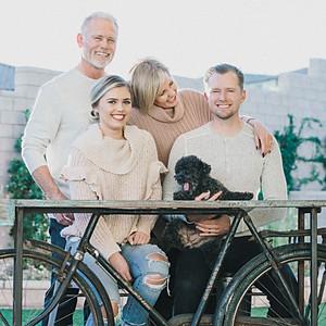 M KELLER FAMILY SESSION