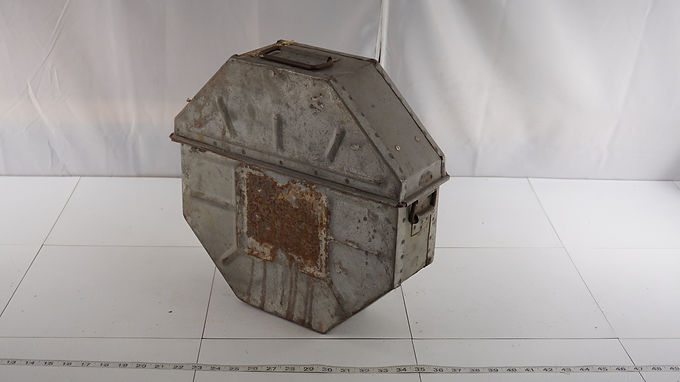 16mm Movie Film Reel Box Shipping Case