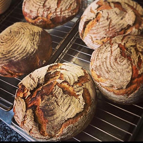 KleinePost-Brot.jpg