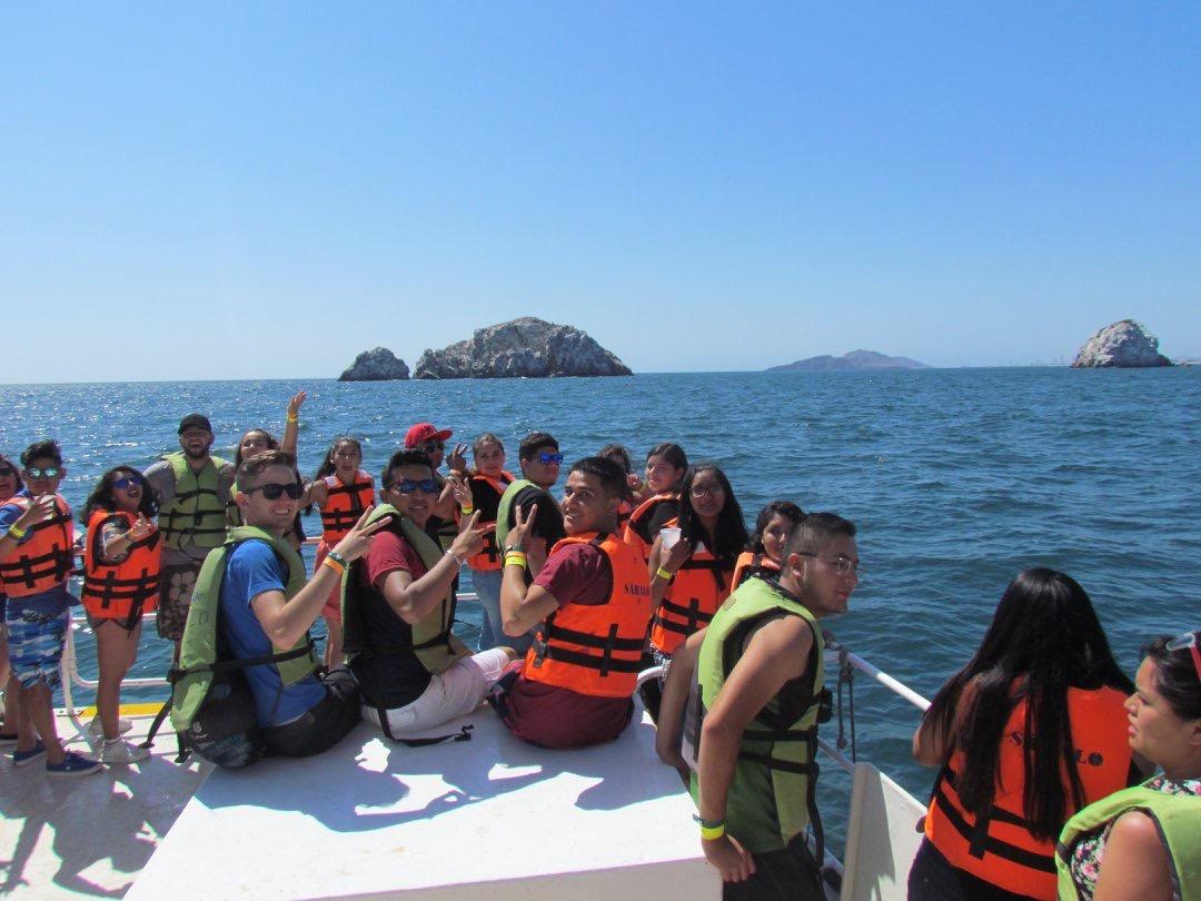 mazatlan party boats