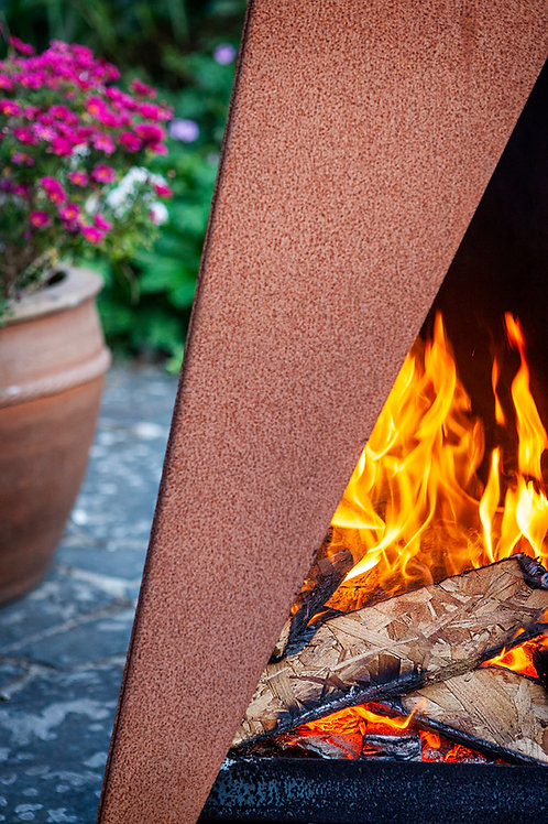 Tipi 1200: Outdoor Fire/Grill