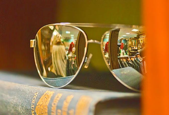 Aviator glasses.jpg