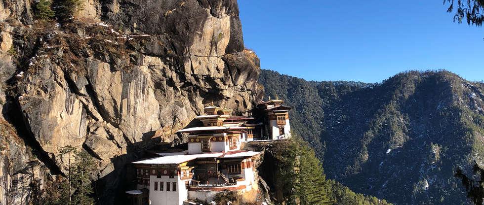 mountains offroad hills himalaya adventure temple bhutan  spirit