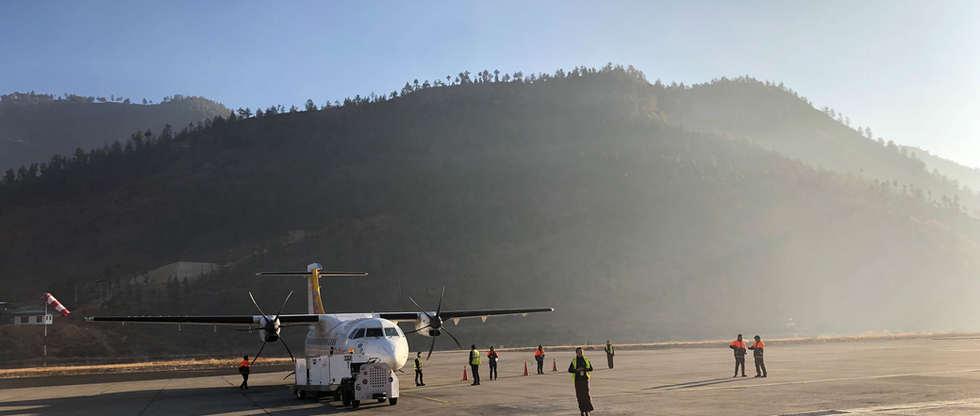 airplane bhutan