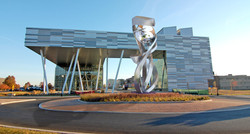monumental roundabout sculpture