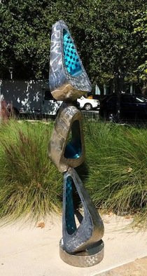Flux-garden-sculpture.jpg