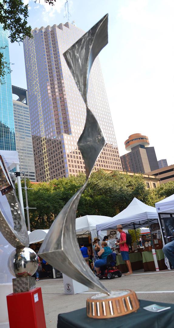 Kink-Metal-Sculpture.jpg
