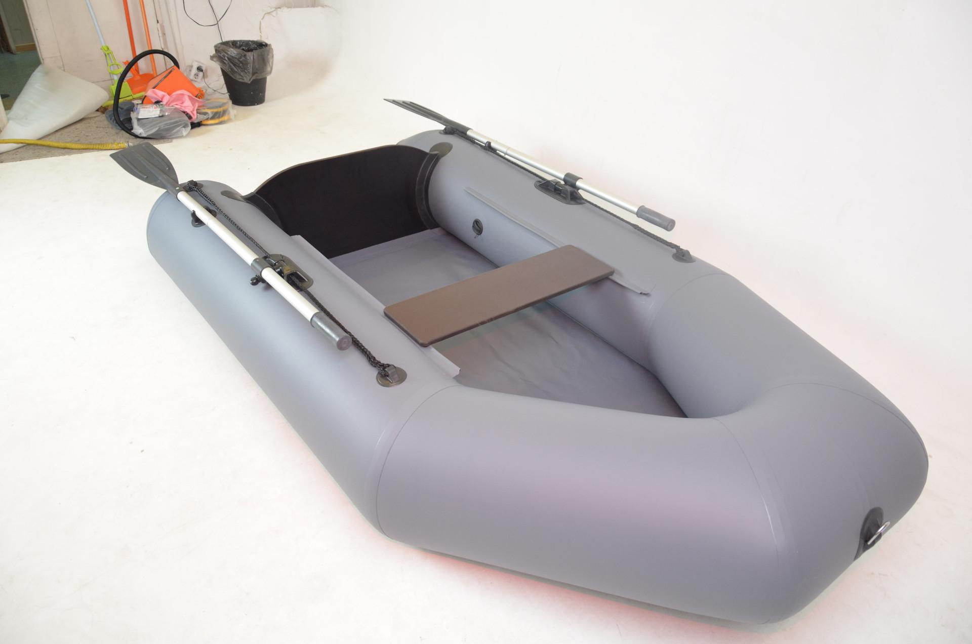 лодка легион 240 или Арчер?