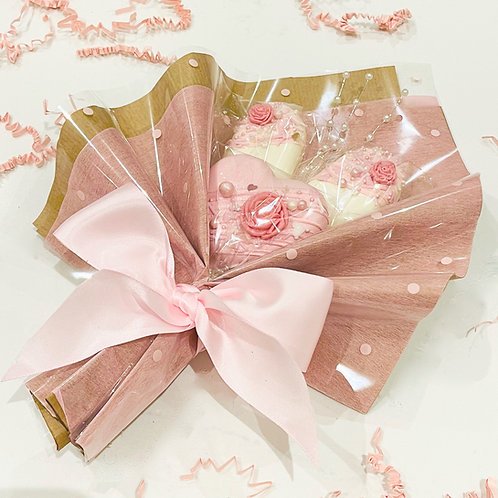 Valentine's Cakesicle Bouquet