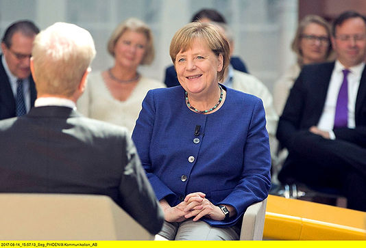 3_Forum_Politik_Angela_Merkel-klein.jpg