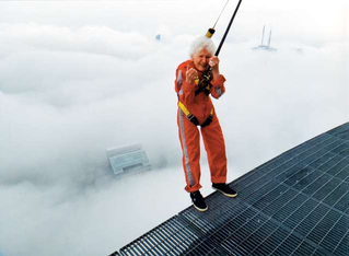 Daredevil Emily Aird becomes oldest woman to do the Edge Walk atop the CN Tower