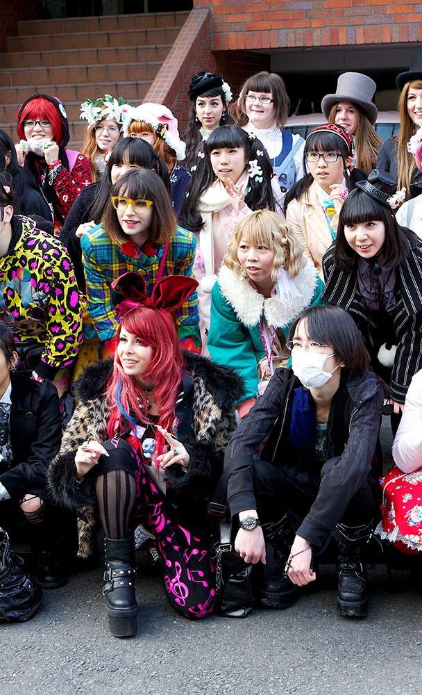 Harajuku-Fashion-Walk-15-056.jpg