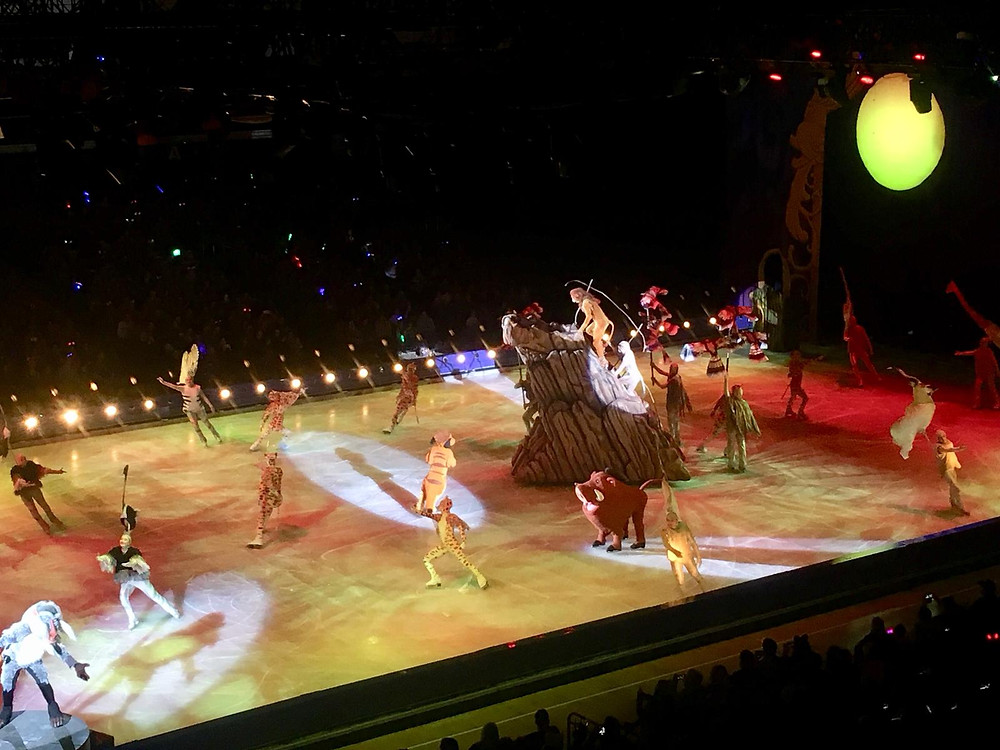 Lion King staging, Timon & Pumbaa on the ice