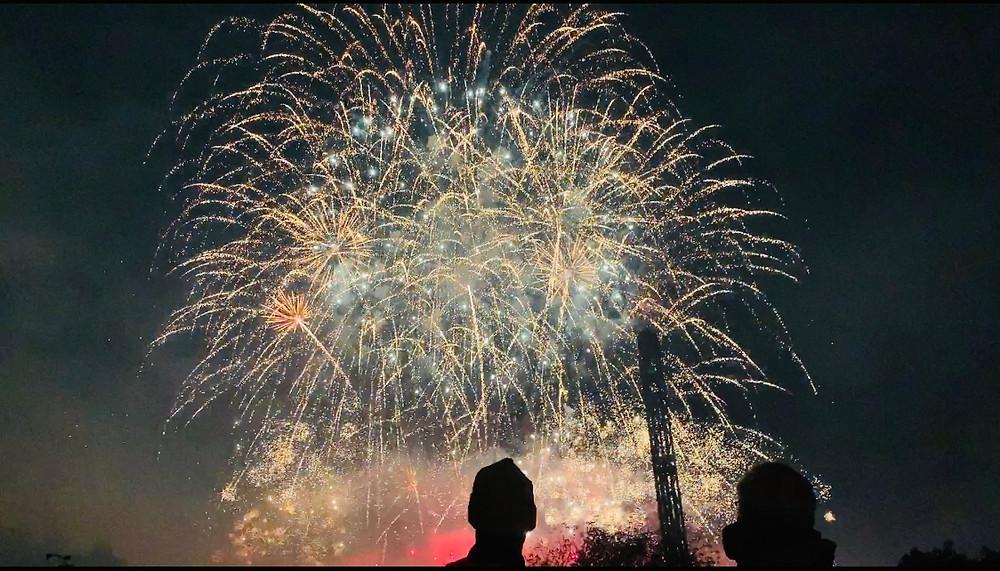 Colourful firework display at Flambards