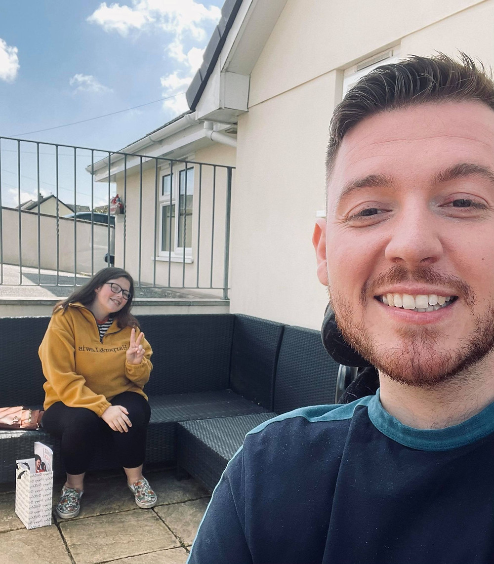 Selfie of Ross and his friend Chloe outside in the garden