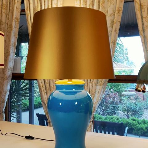 Bonded Lamp 27