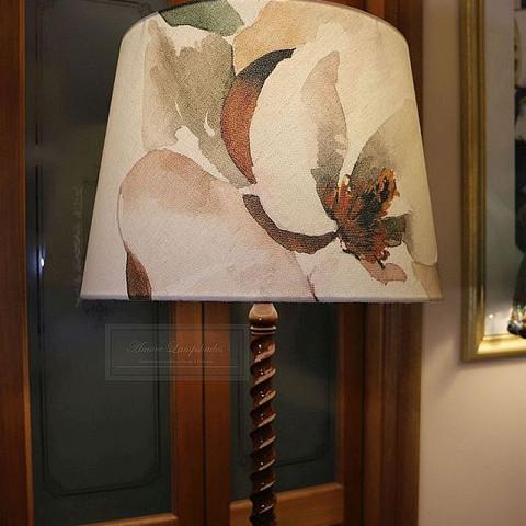 Bonded Lamp 16