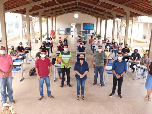 Seduc faz encontro de formação com diretores de escolas da zona rural