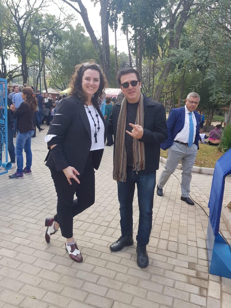 CA CAU e sua Produtora Ana Luíza Pradella no Lançamento da Escultura ´´Olho d`água``