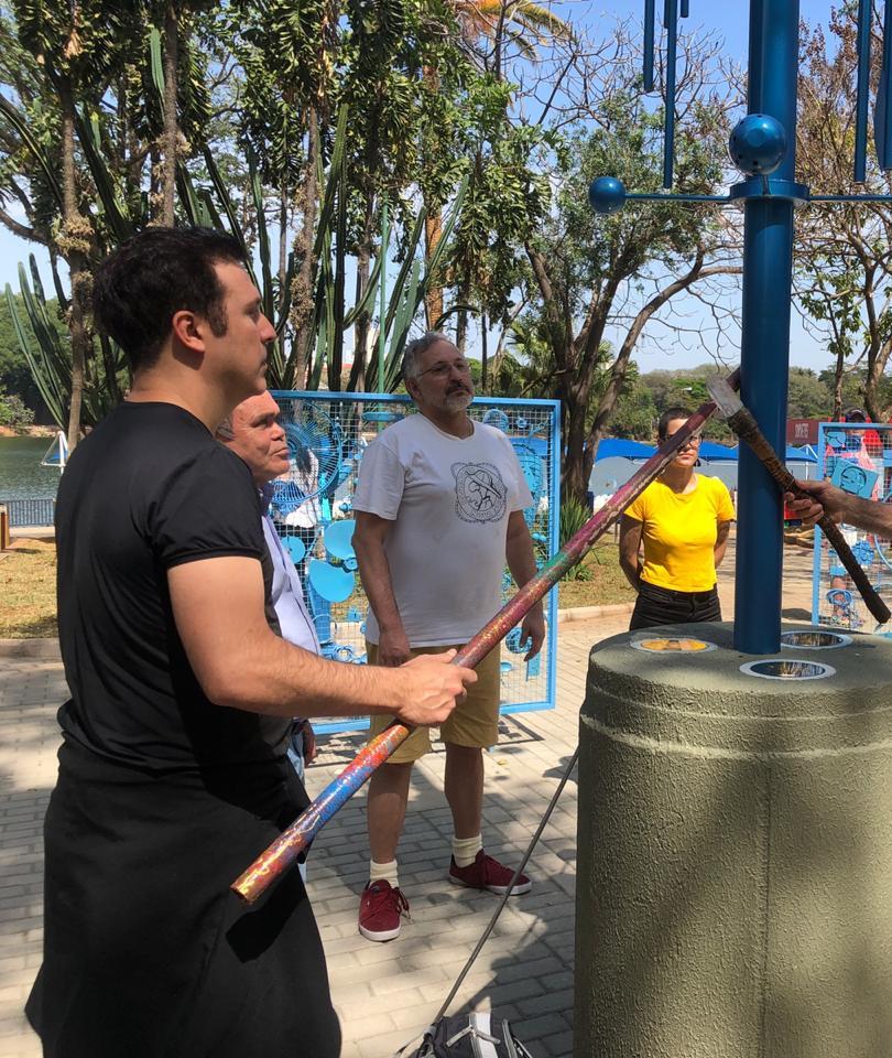 CA CAU e Marcio Cassoni no Lançameneto da Escultura ´´Olho d`água``