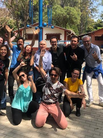 Equipe de Produção e amigos do artista CA CAU no lançamento do Projeto ´´Olho d`água``