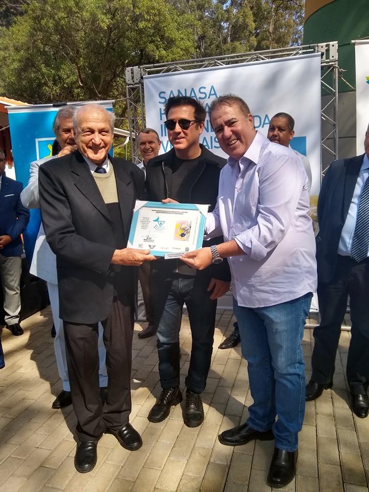 Entrega de certificado do CA CAU para as Instituições participantes do Projeto Olho d`água